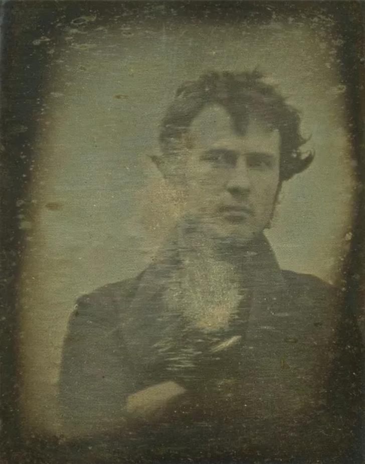 bilinen ilk selfie siyah beyaz