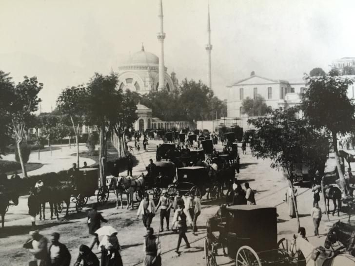 dolmabahçe sarayı eski istanbul