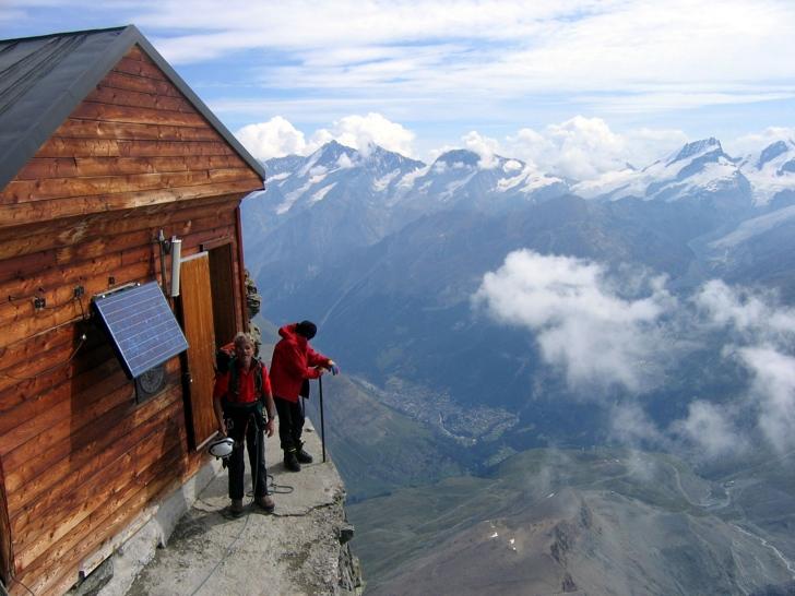 isviçre matterhorn dağı kulübe