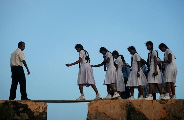 okula giden çocuklar sri lanka