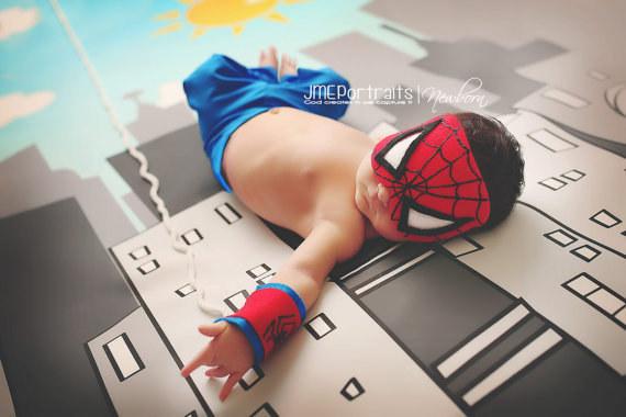 örümcek adam bebek fotoğrafı