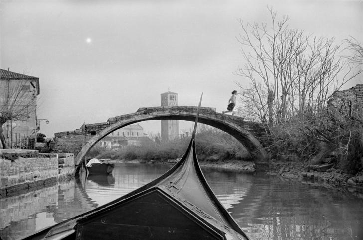 Henri Cartier Bresson boat