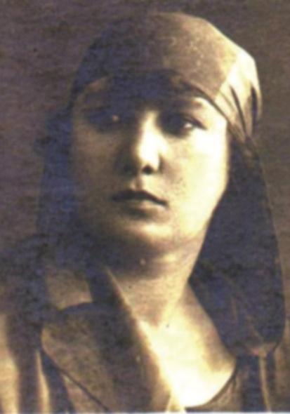 Şükufe Nihal şair