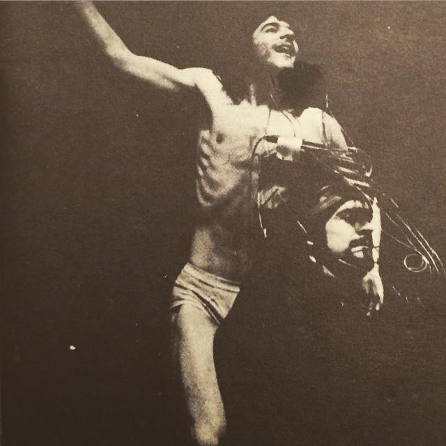 küheylan, mehmet ali erbil, cüneyt gökçer, türk tiyatrosu, türk tiyatrosu önemli oyunlar, türk tiyatrosu nedir, en önemli tiyatro oyunları, türk tiyatro oyuncuları