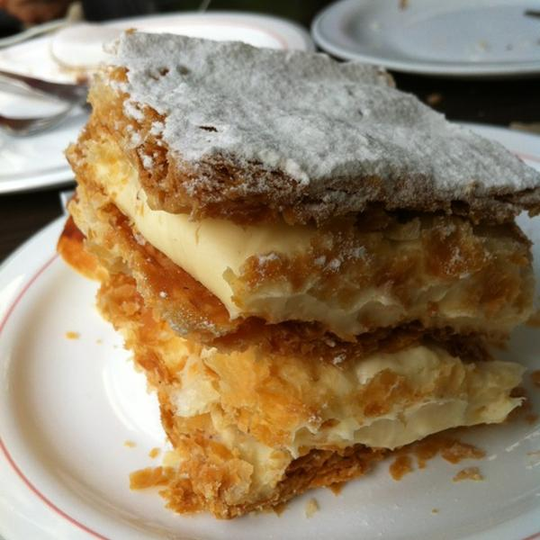savoy pastanesi milföy, istanbul tatlıcıları, istanbulda nerede tatlı yenir, en iyi tatlıcılar