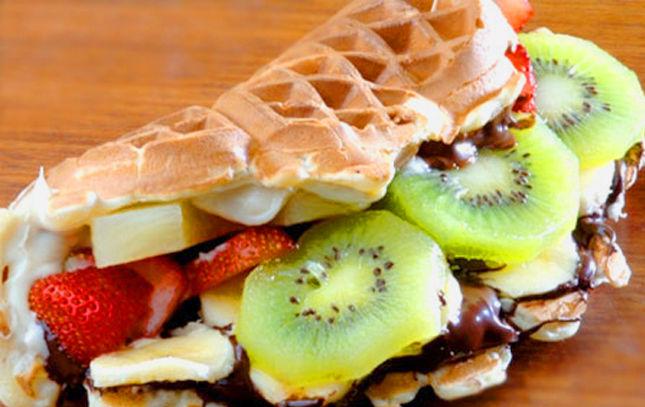 abbas bebek waffle, istanbul tatlıcıları, istanbulda nerede tatlı yenir, en iyi tatlıcılar