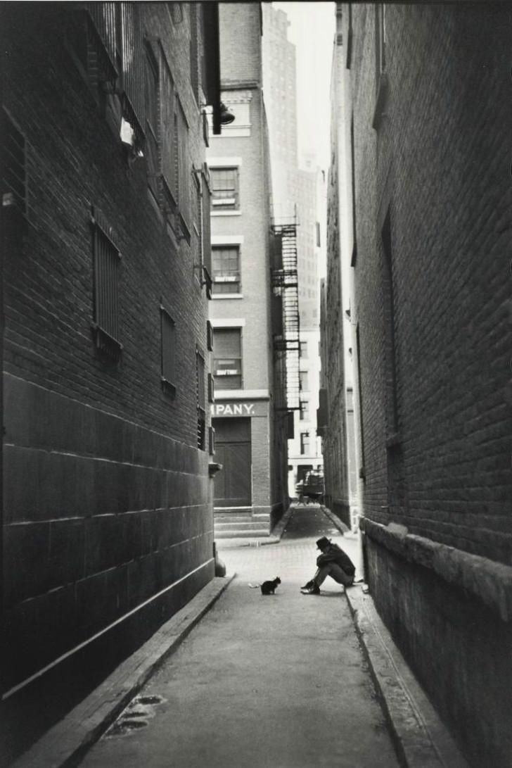 Henri Cartier-Bresson, magnum ajansı, magnum ajansı fotoğrafçıları, fotoğraf, yalnızlık fotoğrafları, yalnızlık şiirleri, ünlü fotoğrafçılar