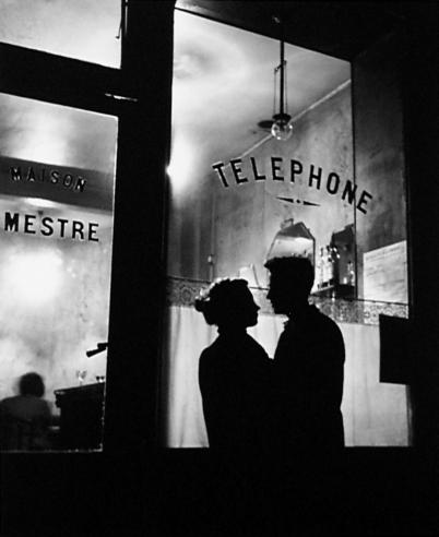 Willy Ronis, Devant Chez Mestre, 1947
