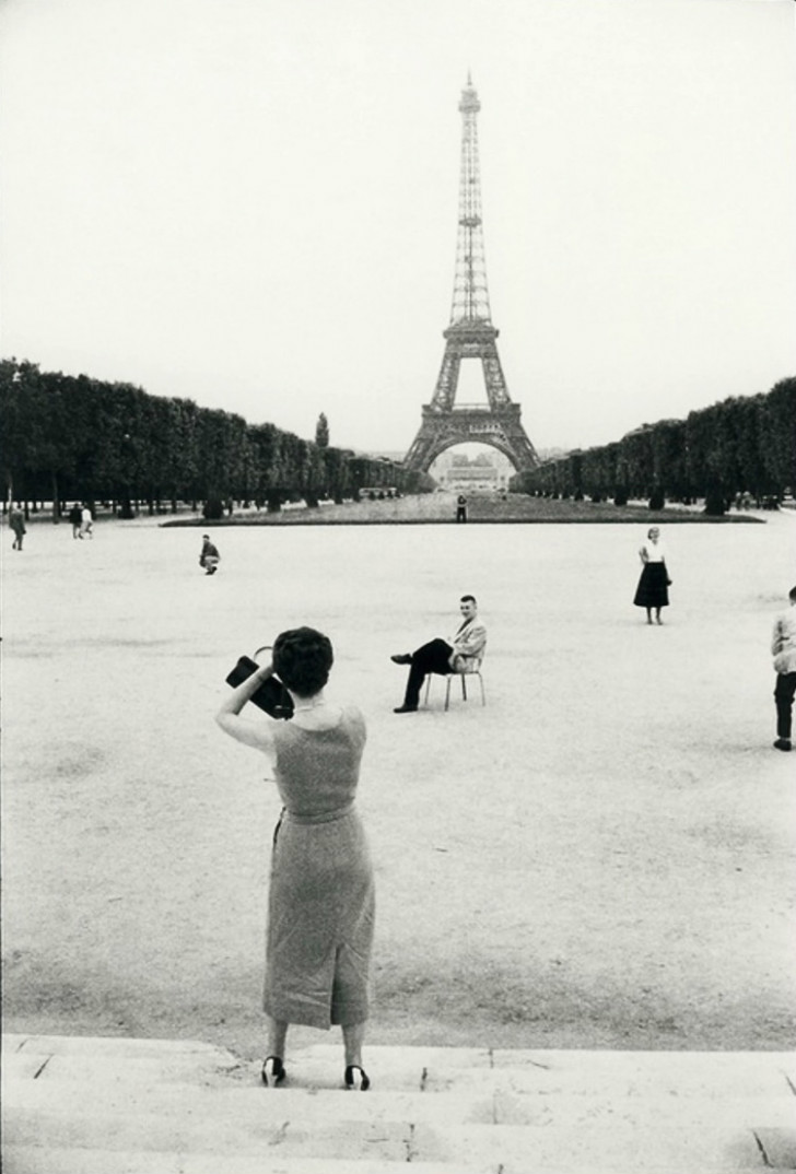 Willy Ronis, Tour Eiffel, Paris, 1950