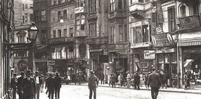 Eski Beyoğlu'nu Anlatan11 Öykü Yazı Atölyesi