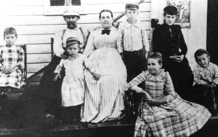 tesla ve ailesi