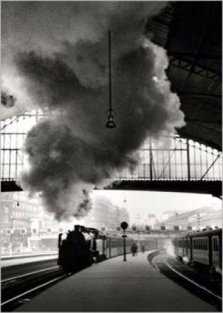 Edouard Boubat, Gare Saint-Lazare, Paris, 1958 2