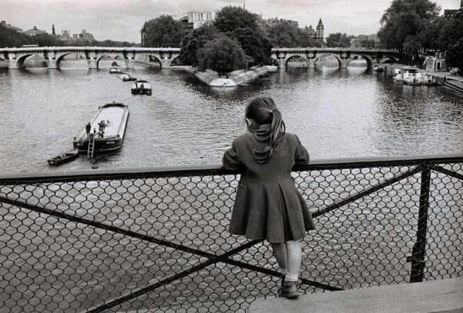 Edouard Boubat, Pont des Arts, Paris, 1955