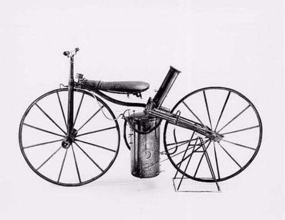 ilk buharli motorsiklet