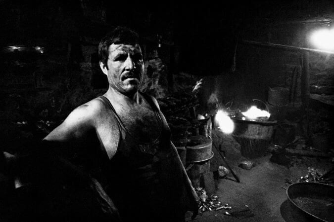 Ara Guler, Celik İscisi, 1988