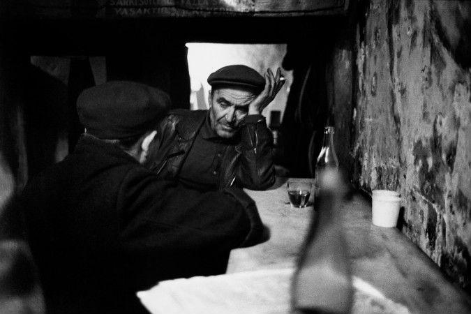 Ara Guler, Tophanede Meyhane, 1959