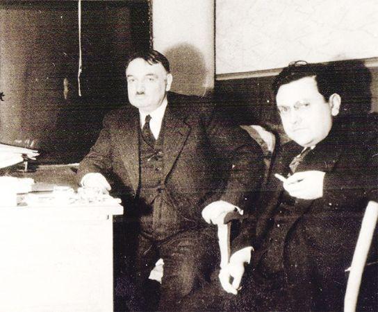 Yahya Kemal Beyatli ve Nurullah Atac