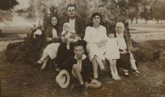 orhan veli kanik ve ailesi