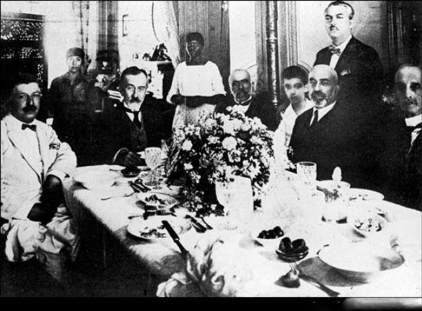 Cenap Sahabettin, Abdülhak Hamid, Suleyman Nazif, Midhat Cemal Kunta, Mehmed Akif, Sami Pasazade Sezai