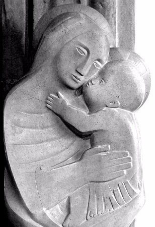 Barbara Hepworth, Madonna and Child, 1954