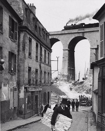 Andre Kertesz, Meudon, 1928
