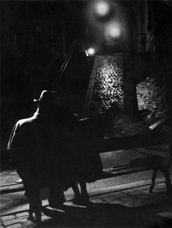 Izis Bidermanas, Montmartre, Rue Berthe, Paris, 1947