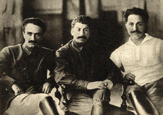 Anastas Mikoyan, Joseph Stalin, Grigory Ordzhonikidze, 1925