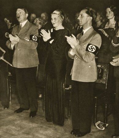 Hitler, Magda ve Joseph Goebbels