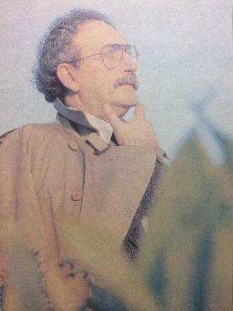 Hilmi Yavuz Profil