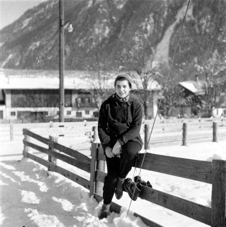 Yıldız Moran, 1951