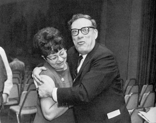 asimov ve Gertrude Blugerman