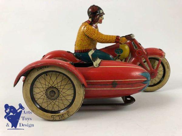 1940'lardan bir oyuncak
