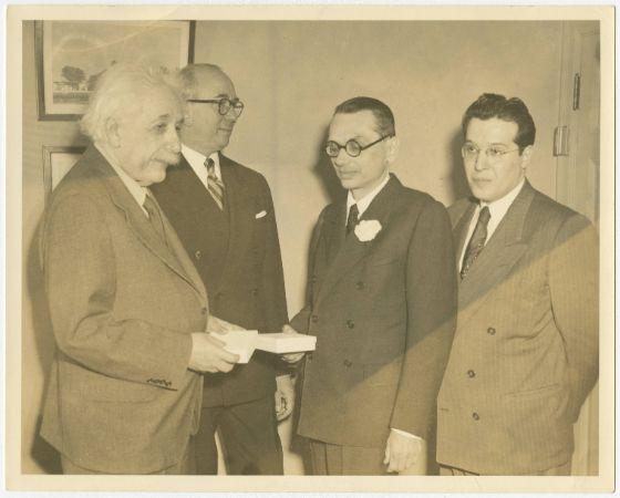 Albert Einstein, Kurt Gödel, Julian Schwinger (1)