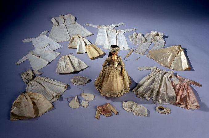 oyuncak bebek 1790