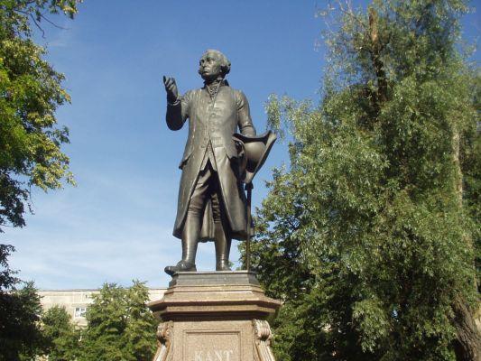 Kaliningrad Kant Anıtı