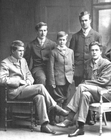 1910, Lawrence, Frank, Arnold, Bob ve Will (soldan sağa) (1)