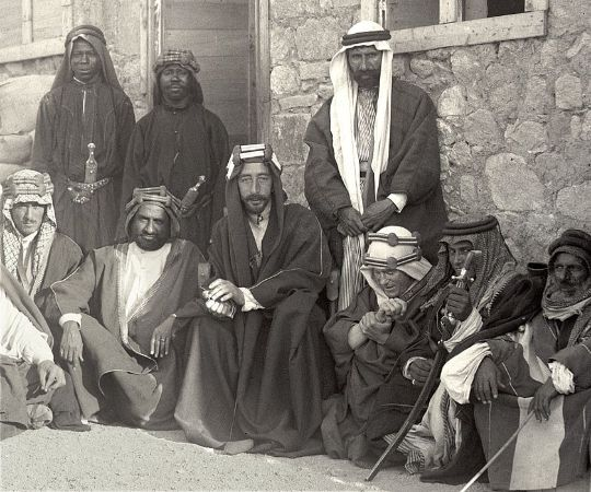 Kral Faysal, Lawrence