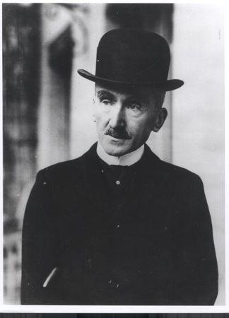 Henri Bergson Şapkalı