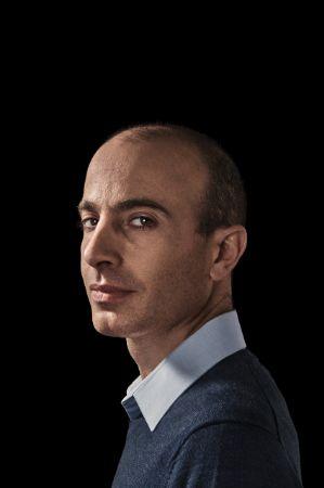 Profil Yuvan Noah Harari