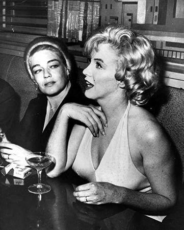 Simone Signoret, Marilyn Monroe