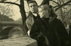 Yves Montand, Simone Signoret Köprüde (1)