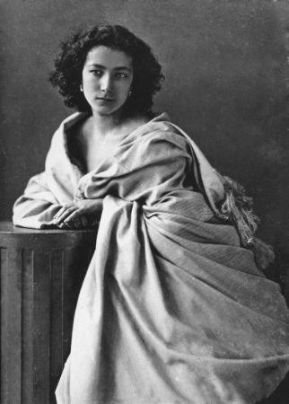 Sarah Bernhardt;