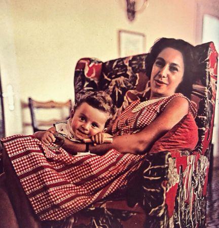 Betül Mardin ve oğlu Ömer Dormen