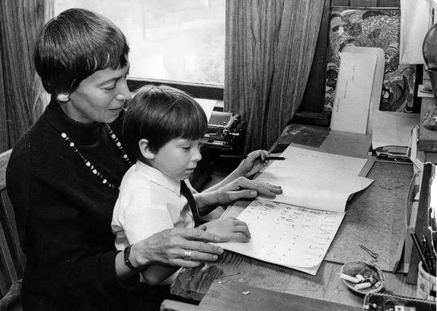 Ursula K. Le Guin oğlu ile