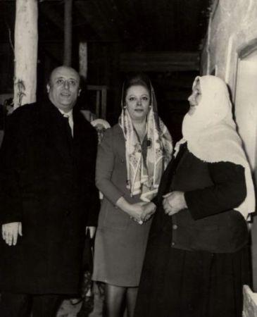 Nazmiye Ve Süleyman Demirel ve annesi 2
