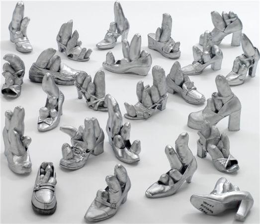 Ayakkabı Heykelleri