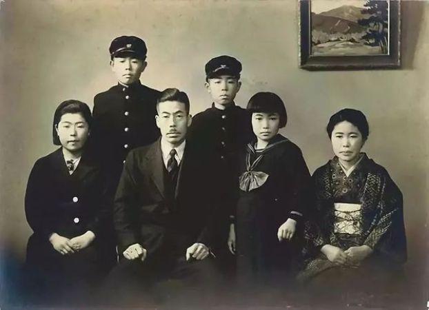 Yayoi Kusama ve Ailesi